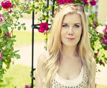 Linda Jönsson jobbar som makeup-artist  i Malmö och driver egen nätbutik med  ekologisk makeup.
