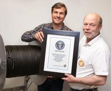 Guinessrekord i världens längsta lakrits.