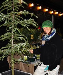 Ingrid Therp-Perico förlänger  trädgårdssäsongen med julgranar