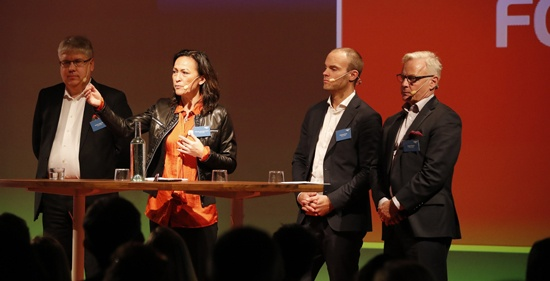 Stefan Andersson, KPMG, Katarina Hedström Klarin, Srf-konsulterna, Daniel de Sousa, vd Visma Spcs och Bengt Skough, FAR, i panelebatten på Visma Forward 2016